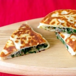 Gozleme with Spinach and Cheese