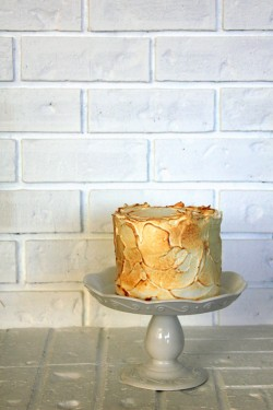 Lemon Curd Cake with Toasted Meringue Frosting Recipe