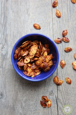 Roasted Sriracha Pumpkin Seeds