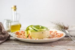 Salmon and zucchini carpaccio