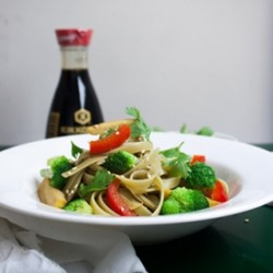 Veggies Noodles with Asian Dressing