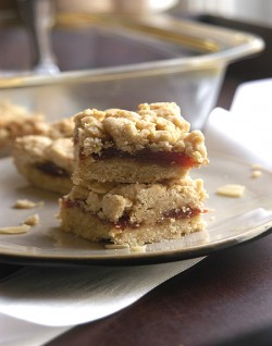 Almond Guava Crunch Bars