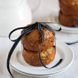 Apple Nut Muffin Cake