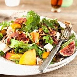 Fig and Peach Salad with Prosciutto and grilled tuna Recipe