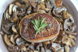 Filet Mignon with Mushrooms
