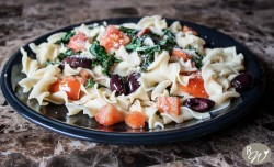 Kale, Tomato, and Olive Pasta