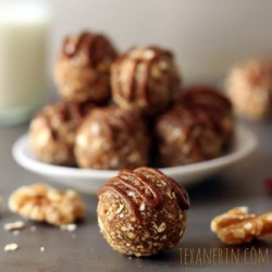 Raw Cinnamon Raisin Balls