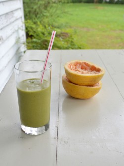 Revitalizing Green Smoothie