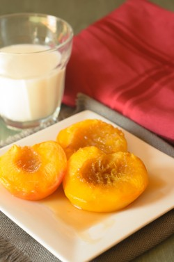 Sweet Cinnamon Oven Roasted Peaches