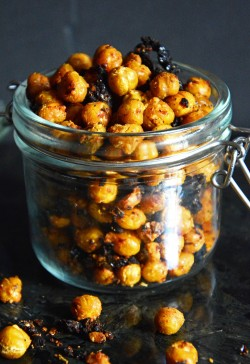 Bruschetta Roasted Chickpeas