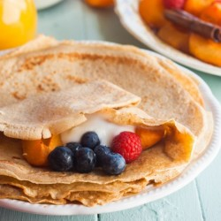 Crepes with Roasted Vanilla Apricot