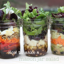 Mason Jar Salads for Lunch!