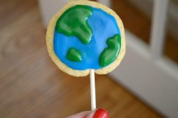 Planet Earth Cookie Pops Recipe
