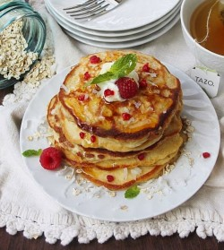 Raspberry Yogurt Pancakes