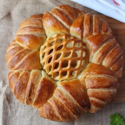 Rosette Round Loaf Bread