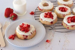 Strawberries and Cream Baked Donuts