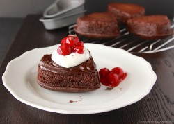 Black Forest Sweetheart Cakes