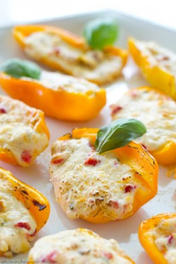 3-Cheese Sweet Pepper Poppers