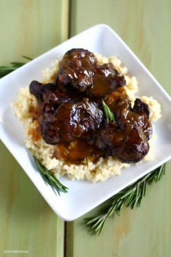 Crispy Chicken Livers w/ Herb Gravy