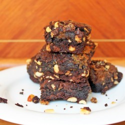 Easy Fudgey Peanut Butter Brownies