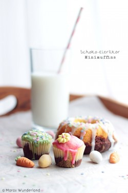 Mini Muffins with Egg Liqueur