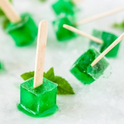 Mint and prosecco popsicles