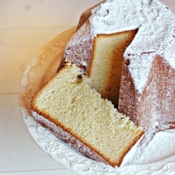 Pandoro with Dry Natural Yeast