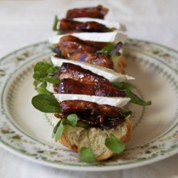 Sticky chicken, bacon