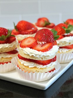 Strawberry Chiffon Layer Cakes Recipe