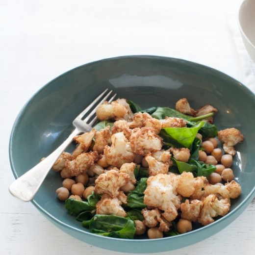 'Addictive' Cauli with Chickpeas