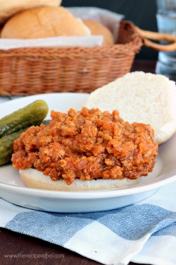 BBQ Chicken Quinoa Sloppy Joes