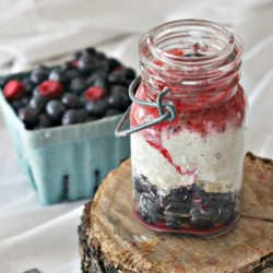 Berry Vanilla Overnight Oatmeal