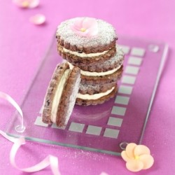 Bilberry Sandwich Cookies With Cream Cheese Filling Recipe