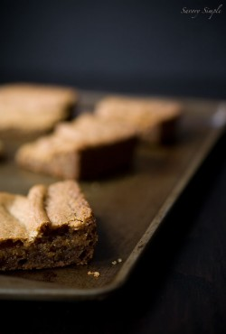 Brown Butter Vanilla Bean Blondies