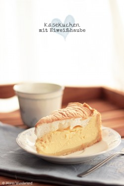 Cheesecake with Egg white Covering