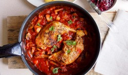 Chicken Baked in a Sweet Wine Sauce