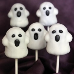 Ghost Cake Pops for Halloween Recipe