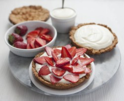 Mini Tarts with Strawberry