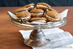 Oatmeal Whoopie Pies Recipe