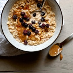 Overnight Blueberry Almond Oats