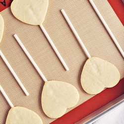 Perfect Sugar Cookie Pops