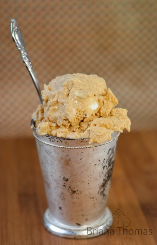 Pumpkin Spice Cheesecake Ice Cream