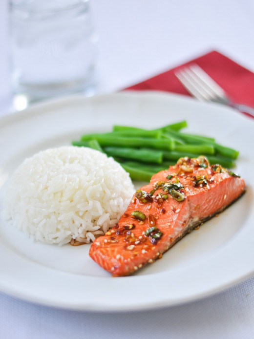 Salmon with a Spicy Garlic Sauce