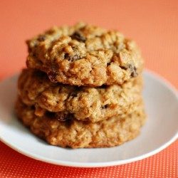 Thick and Chewy Oatmeal Raisin Cook