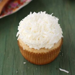 BEST EVER EGGLESS VANILLA CUPCAKE