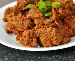 Black Beef Dry Curry