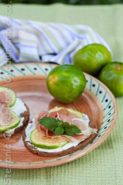 Flatbread with Fig and Ham