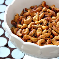 Laab Flavored Baked Cashews