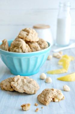 Lemon Macadamia Nut Cookies