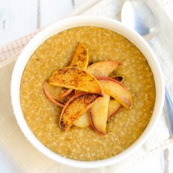 Pumpkin Steel Cut Oats with Apples